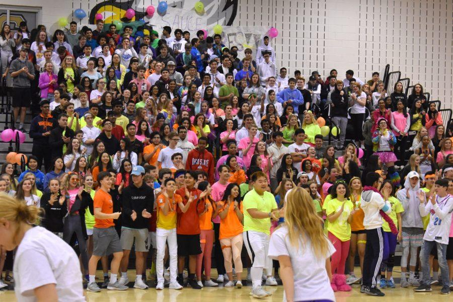 Sophomores+cheering+prior+to+their+win+at+the+Winter+Pep+Rally.