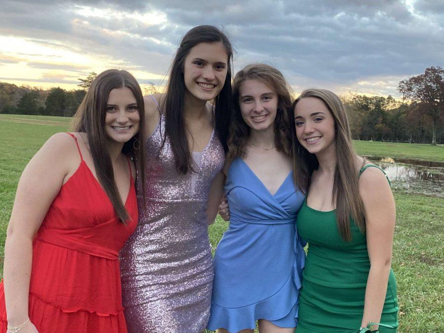 Picture provided by Jenna Freilich. Juniors Annabelle Brennan, Sarah Malinowski, Bryn Varanelli, and Jenna Freilich gather to celebrate FOCO.