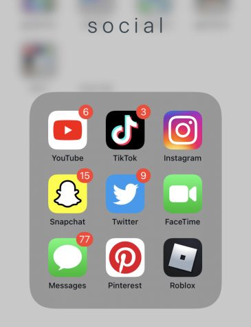 Some examples of social media apps that are commonly used by teens. Image from Julia Buktaw.